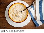 5-Cereal Porridge with milk - healthy breakfast. Стоковое фото, фотограф Валерия Лузина / Фотобанк Лори