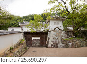 Купить «Ворота Ягурамон замка Тацуно, префектура Хёго, Япония», фото № 25690297, снято 21 июля 2016 г. (c) Иван Марчук / Фотобанк Лори