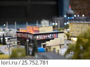 Гранд Макет Россия, кинотеатр, малая глубина резкости (2017 год). Редакционное фото, фотограф Наталья Саратова / Фотобанк Лори