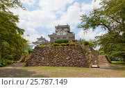 Купить «Реконструированный в 1968 г. донжон замка Этидзэн Оно (основан в 1576 г.), г. Оно, Япония», фото № 25787149, снято 2 августа 2016 г. (c) Иван Марчук / Фотобанк Лори