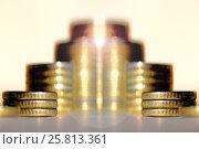 Купить «Монеты сложенные в столбики . Концепция роста доходов», фото № 25813361, снято 21 сентября 2012 г. (c) Сергеев Валерий / Фотобанк Лори