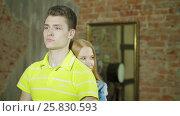 Купить «Woman embracing man and both holding thumbs up», видеоролик № 25830593, снято 10 марта 2017 г. (c) Илья Насакин / Фотобанк Лори