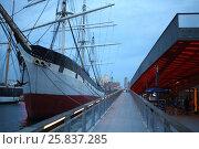 Купить «NEW YORK, USA - SEP 07, 2014: Historic ship Wavertree on the pier in the South Street Seaport in the evening», фото № 25837285, снято 7 сентября 2014 г. (c) Losevsky Pavel / Фотобанк Лори