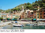 Купить «PORTOFINO, ITALY - AUG 7, 2016: View of Portofino in Liguria, famous Mediterranean sea town at the Italian Riviera», фото № 25841929, снято 7 августа 2016 г. (c) Losevsky Pavel / Фотобанк Лори
