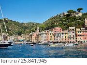 Купить «PORTOFINO, ITALY - AUG 7, 2016: View of Portofino in Liguria, famous Mediterranean sea town at the Italian Riviera», фото № 25841945, снято 7 августа 2016 г. (c) Losevsky Pavel / Фотобанк Лори