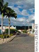 Купить «Mother Church Our Lady of Health in the Francisco Pereira Square in the Chapada Diamantina region, Abaíra, Bahia, Brazil, 04.2016», фото № 25856461, снято 7 апреля 2016 г. (c) age Fotostock / Фотобанк Лори