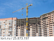 Купить «Строительство жилого дома», фото № 25873197, снято 1 апреля 2017 г. (c) Алексей Букреев / Фотобанк Лори