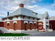 Купить «Кутузово — бывшая железнодорожная станция Малого кольца Московской железной дороги в Москве после реконструкции», фото № 25875633, снято 1 октября 2016 г. (c) glokaya_kuzdra / Фотобанк Лори