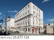 Купить «Москва, дом  № 47 на Пятницкой улице», эксклюзивное фото № 25877129, снято 26 марта 2017 г. (c) Дмитрий Неумоин / Фотобанк Лори