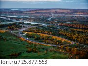 Купить «Aerial dawn mist view of highway in Russia», фото № 25877553, снято 20 июля 2018 г. (c) Ирина Мойсеева / Фотобанк Лори