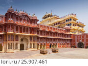 Купить «Chandra Mahal the royal residence at the City Palace, Jaipur, Rajasthan, India», фото № 25907461, снято 22 июля 2018 г. (c) BE&W Photo / Фотобанк Лори