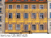 """Historic Renaissance Tenement House """"Under The Seven Electors"""" on Market Square in Wrocіaw (Breslau), Poland. Стоковое фото, агентство BE&W Photo / Фотобанк Лори"""