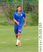 Купить «Tobias Schwede (Testspieler 1.FC Magdeburg) während des Trainings», фото № 25929333, снято 26 марта 2019 г. (c) age Fotostock / Фотобанк Лори