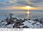 Купить «Озеро Байкал, рассвет на мысе Крестовый», фото № 25943493, снято 18 августа 2019 г. (c) Овчинникова Ирина / Фотобанк Лори