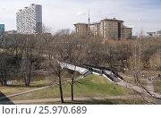 Москва. Весенний вид с Ростокинского акведука на городские кварталы (2017 год). Редакционное фото, фотограф Orion34 / Фотобанк Лори