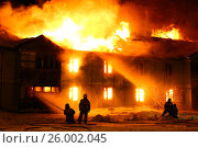 Купить «Burning wooden house», фото № 26002045, снято 16 апреля 2017 г. (c) Art Konovalov / Фотобанк Лори
