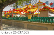 Купить «Chinese temple in Kuala Lumpur  rotation  timelapse», видеоролик № 26037505, снято 27 июня 2019 г. (c) Кирилл Трифонов / Фотобанк Лори