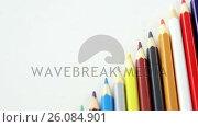 Купить «Colored pencils arranged in diagonal line», видеоролик № 26084901, снято 5 апреля 2020 г. (c) Wavebreak Media / Фотобанк Лори