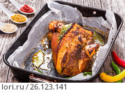 Купить «Roast pork knuckle with rosemary, pepper, garlic, mustard», фото № 26123141, снято 7 декабря 2019 г. (c) Oksana Zh / Фотобанк Лори