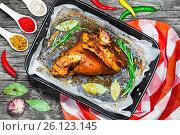 Купить «Roast pork knuckle in a baking dish, view from above», фото № 26123145, снято 4 ноября 2015 г. (c) Oksana Zh / Фотобанк Лори