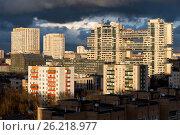 Группа высотных красочных жилых квартир. Современный город. Москва, Юго-Западная. Стоковое фото, фотограф Малахов Алексей / Фотобанк Лори