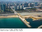 Купить «Aerial view of Residence district at Mediterranean city. Barcelona», фото № 26270125, снято 8 июля 2016 г. (c) Яков Филимонов / Фотобанк Лори