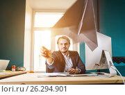 Businessman throwing paper airplane. Стоковое фото, фотограф Сергей Петерман / Фотобанк Лори