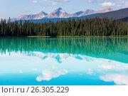 Купить «Emerald lake», фото № 26305229, снято 22 января 2019 г. (c) easy Fotostock / Фотобанк Лори