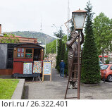 Купить «Памятник Лампионщику. Тбилиси. Грузия», фото № 26322401, снято 4 мая 2017 г. (c) Сергей Афанасьев / Фотобанк Лори
