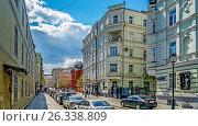 Купить «Москва. Петровский переулок», эксклюзивное фото № 26338809, снято 18 мая 2017 г. (c) Виктор Тараканов / Фотобанк Лори