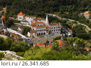 Aerial view to National Palace of Sintra, Portugal, фото № 26341685, снято 10 мая 2017 г. (c) Лиляна Виноградова / Фотобанк Лори
