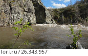 Spring high water flows in the mountain river Ursul. Стоковое видео, видеограф Great Siberia Studio / Фотобанк Лори
