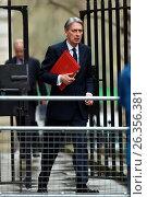 Купить «Ministers attend a Cabinet Meeting at 10 Downing Street. Featuring: Philip Hammond Where: London, United Kingdom When: 01 Mar 2016 Credit: Daniel Deme/WENN.com», фото № 26356381, снято 1 марта 2016 г. (c) age Fotostock / Фотобанк Лори