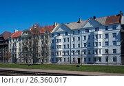 Купить «Riga, street of Export 4-6, block near the port», фото № 26360017, снято 4 мая 2017 г. (c) Andrejs Vareniks / Фотобанк Лори
