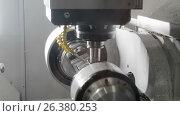 Купить «Milling CNC machining center produces the turbine blade», видеоролик № 26380253, снято 22 мая 2017 г. (c) Андрей Радченко / Фотобанк Лори