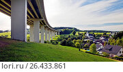 Купить «Bleche village and A45 motorway bridge, Germany, North Rhine-Westphalia, Sauerland, Drolshagen», фото № 26433861, снято 22 февраля 2016 г. (c) age Fotostock / Фотобанк Лори