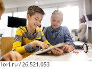 kids with tablet pc programming at robotics school. Стоковое фото, фотограф Syda Productions / Фотобанк Лори