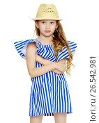 Купить «Beautiful little girl 5-6 years», фото № 26542981, снято 27 апреля 2017 г. (c) Сергей Колесников / Фотобанк Лори