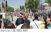Купить «ISTANBUL, TURKEY, JUNE 3 2017: Street performance by National theater group», видеоролик № 26582369, снято 3 июня 2017 г. (c) Илья Насакин / Фотобанк Лори