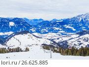 Купить «На склонах горнолыжного курорта Soll, Тироль, Австрия», фото № 26625885, снято 30 января 2017 г. (c) Николай Коржов / Фотобанк Лори