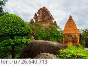 Купить «Old Vietnamese temple Tyam towers Po Nagar, Cham tower, Nha Trang», фото № 26640713, снято 17 января 2017 г. (c) Сергей Тимофеев / Фотобанк Лори