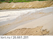 Extraction of sand, sand pit with water. Стоковое фото, фотограф Олеся Новицкая / Фотобанк Лори