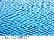 Купить «Вода. Фон. Текстура водной поверхности реки», фото № 26689737, снято 17 июля 2017 г. (c) Татьяна Белова / Фотобанк Лори