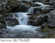 Купить «Маленький водопад в камнях на реке Загеданка. Западный Кавказ.», фото № 26716825, снято 7 июля 2017 г. (c) Абрамова Ксения / Фотобанк Лори