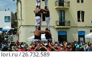 Купить «Castell show in El Papiol durante feast of sweet cherry, Barcelona, Catalonia», видеоролик № 26732589, снято 4 июня 2017 г. (c) Яков Филимонов / Фотобанк Лори
