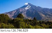 Купить «Lanin volcano in the Andes», фото № 26746829, снято 6 февраля 2017 г. (c) Яков Филимонов / Фотобанк Лори