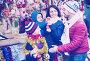 Family purchasing Christmas decoration, фото № 26757113, снято 15 августа 2017 г. (c) Яков Филимонов / Фотобанк Лори