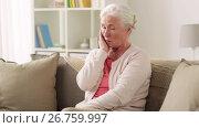 Купить «unhappy woman suffering toothache at home», видеоролик № 26759997, снято 20 января 2020 г. (c) Syda Productions / Фотобанк Лори