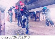 Купить «friends in red masks are ready for attack», фото № 26762913, снято 10 июля 2017 г. (c) Яков Филимонов / Фотобанк Лори