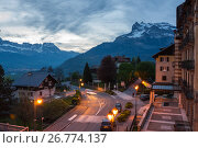 Panoramic view of french Alps and Saint-Gervais-les-Bains (2016 год). Редакционное фото, фотограф Юлия Белоусова / Фотобанк Лори